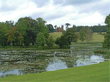 Stowe_lake_and_gardens