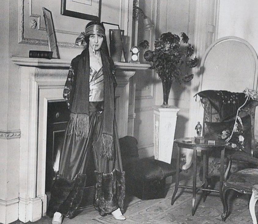 Denise Poiret_Pyjama de Harem, 1922