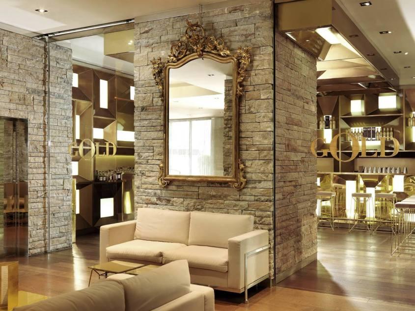 Dolce-and-Gabbana-Gold-Restaurant
