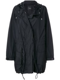 Theory Classic Parka on Pennzer